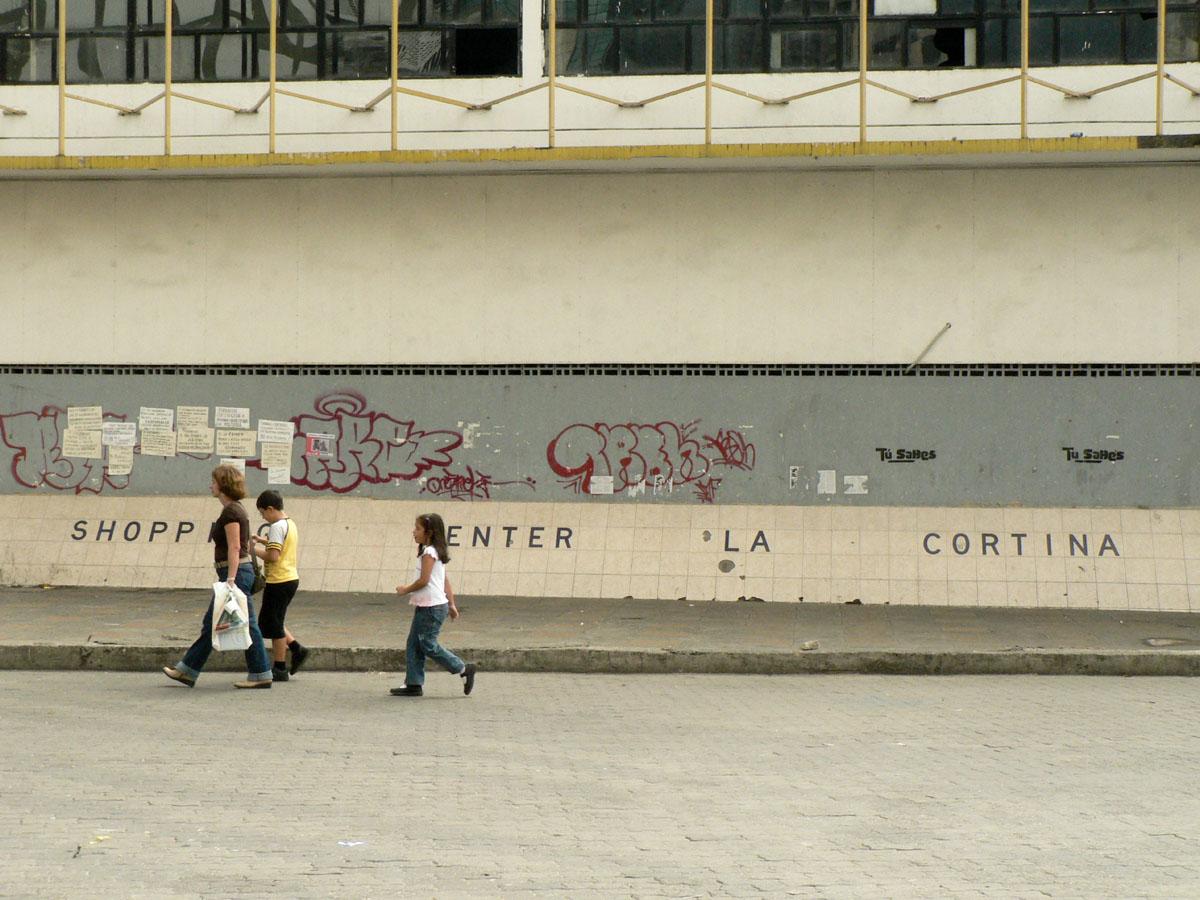 Shopping Center/ Sabana Grande